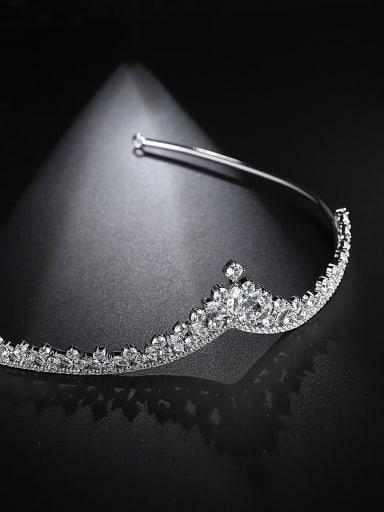 Copper inlaid AAA zircon fashion crown shaped hoop