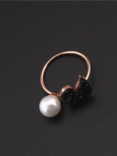 Rose Gold Black Swan Shell Pearl Ring