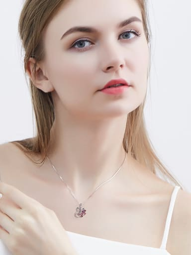 Swan-shaped Crystal Necklace