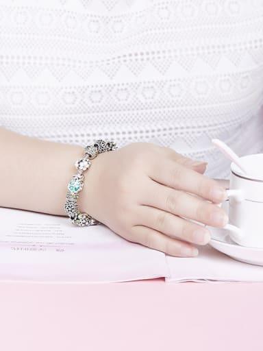 Women Delicate Clover Shaped Rhinestones Bracelet