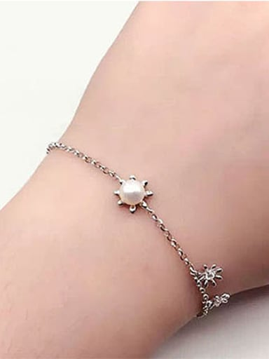 Simple Freshwater Pearl Flowers Bracelet