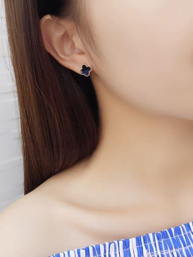 Women Elegant Black Clover Shaped stud Earring