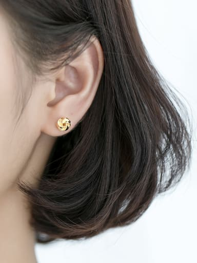 925 Sterling Silver With Smooth Cute Flower Stud Earrings