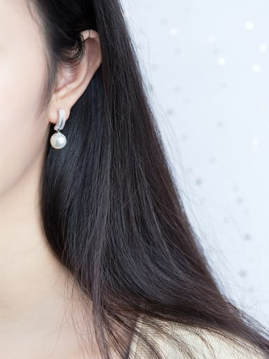 Elegant Round Shaped Artificial Pearl S925 Silver Drop Earrings