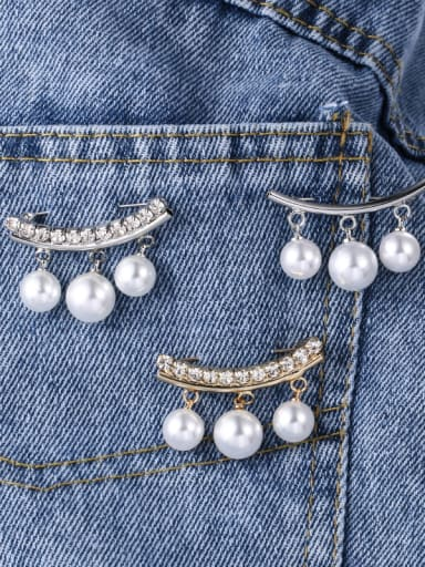 Alloy With Artificial Pearl  Simplistic Irregular Brooches