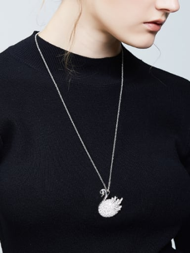 Fashion Elegant Cubic Zircon Swan Sweater Chain