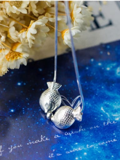 S925 Silver Lovely Little Kissing Fish Clavicle Necklace