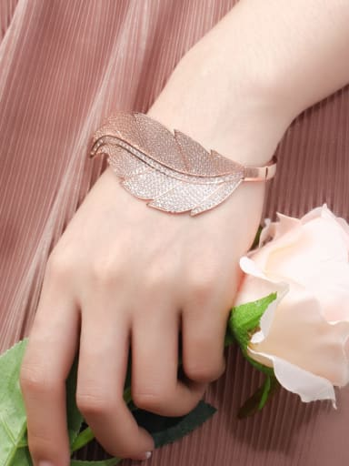 Copper WithCubic Zirconia  Simplistic Atmosphere Leaf Bangles