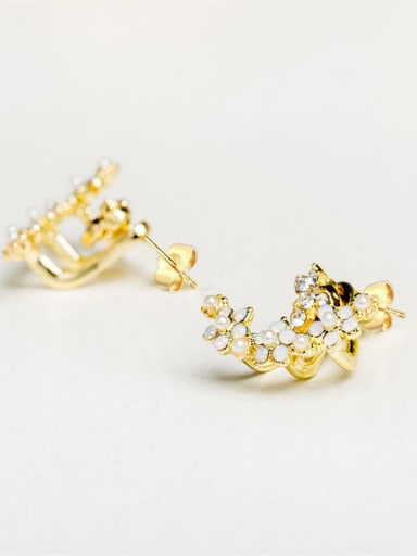 Delicate Gold Plated Flower Shaped Pearl Earrings