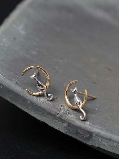 Cute Moon Cat stud Earring
