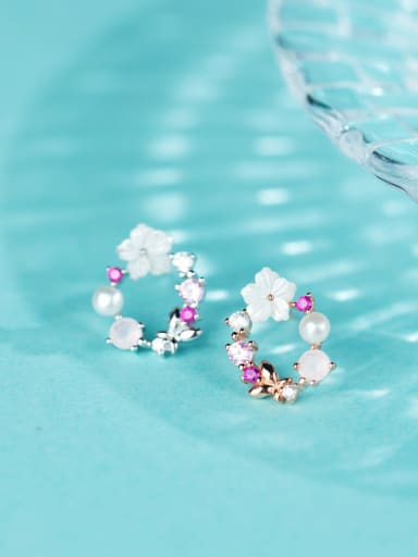 Trendy Flower Shaped S925 Silver Artificial Pearl Stud Earrings