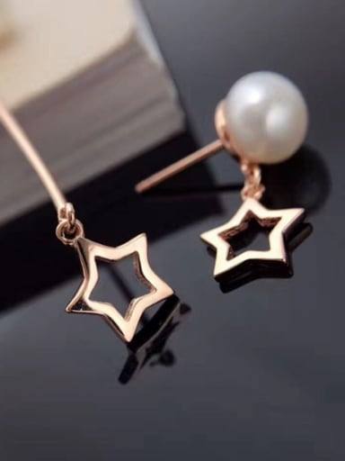 Freshwater Pearl Asymmetrical Star threader earring
