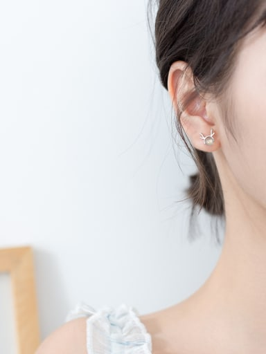 Christmas jewelry:Sterling silver moonstone cute  antler earrings