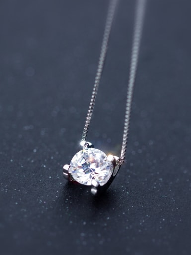 Elegant Round Shaped Shining Zircon S925 Silver Necklace