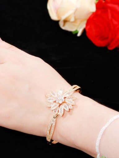 Copper With  Cubic Zirconia Fashion Flower Bangles