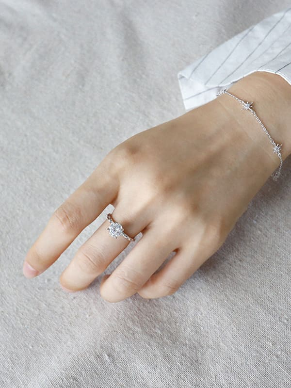 Sterling Silver simple four-claw round zircon rings