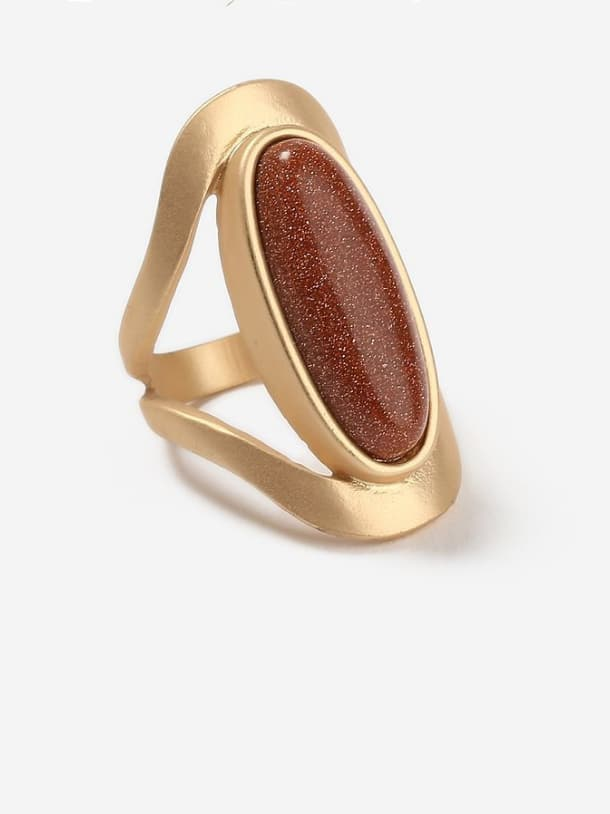 Mother's Initial Gold Band band ring with Statement