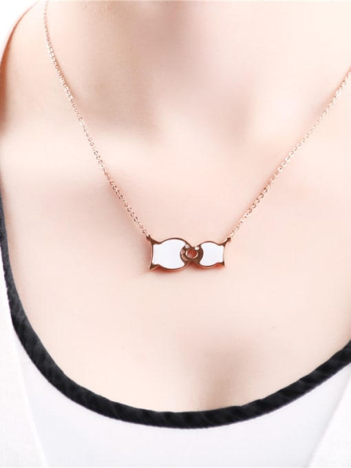 Rose Kissing Fish Pendant Clavicle Necklace 0