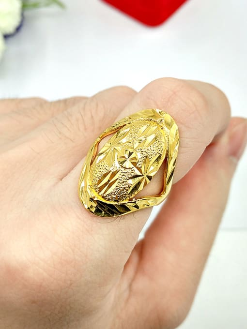 A Unisex Hollow Flower Shaped Ring