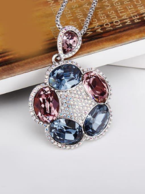 OUXI Fashion Swarovski Crystals Flowery Necklace 2