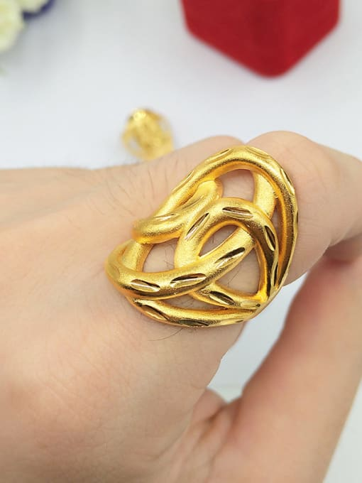 C Unisex Hollow Flower Shaped Ring