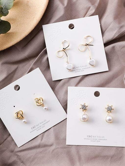 Girlhood Alloy With Gold Plated Trendy Bowknot Imitation Pearl Drop Earrings 0
