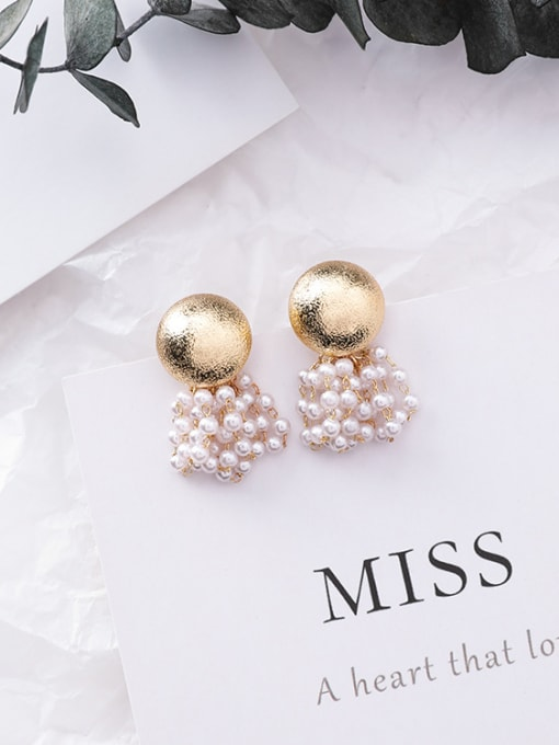 white Alloy With Gold Plated Fashion Imitation pearls Charm Stud Earrings