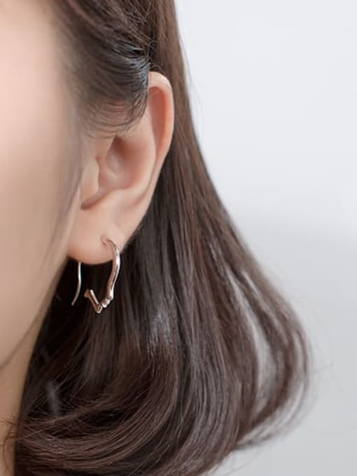 Rosh 925 sterling silver irregular minimalist stud earring 3