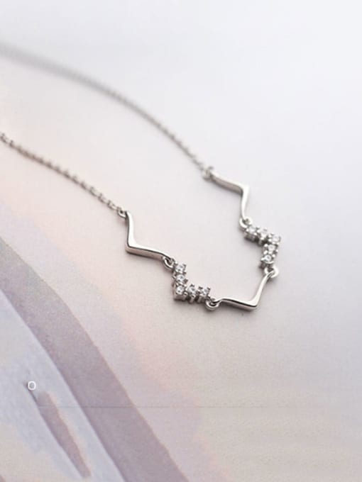 Rosh 925 Sterling Silver Cubic Zirconia Simple V-shaped pendant Necklace 2