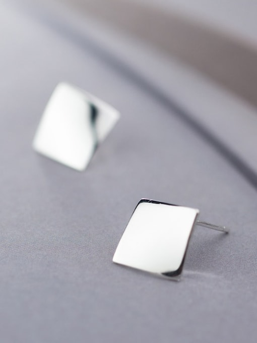 Rosh 925 Sterling Silver Smooth Geometric Minimalist Stud Earring 0