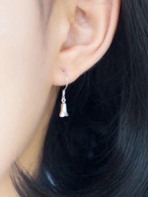 Rosh 925 sterling silver minimalist flower  hook earring 1