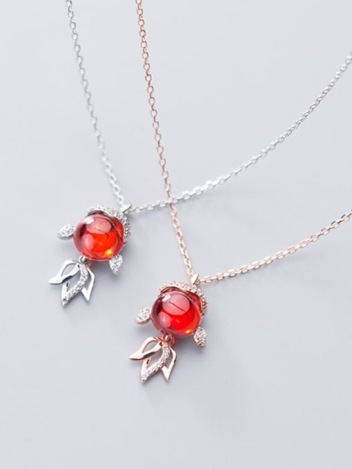 Rosh 925 Sterling Silver Garnet red goldfish Pendant Necklace