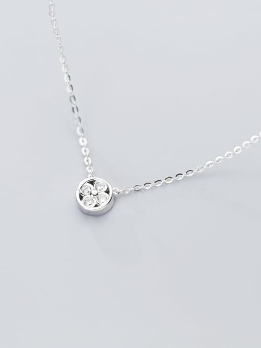 Rosh 925 Sterling Silver Cubic Zirconia Simple geometric flower pendant Necklace 1