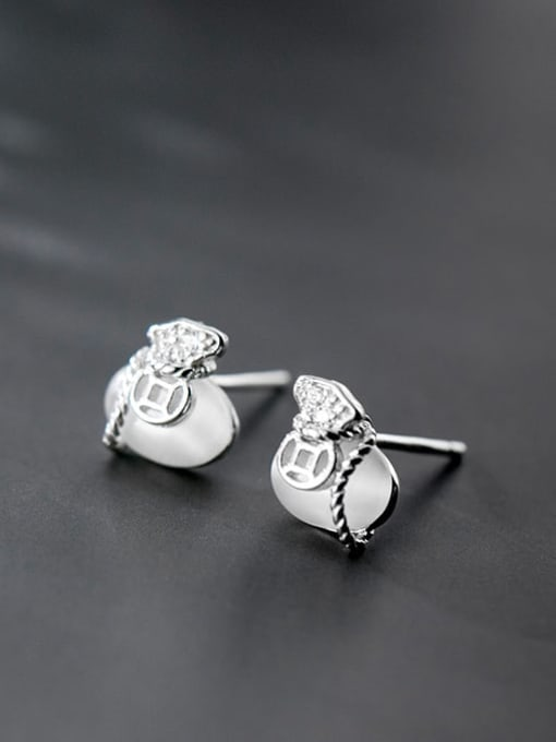 Rosh 925 Sterling Silver Cats Eye White Irregular Classic Stud Earring