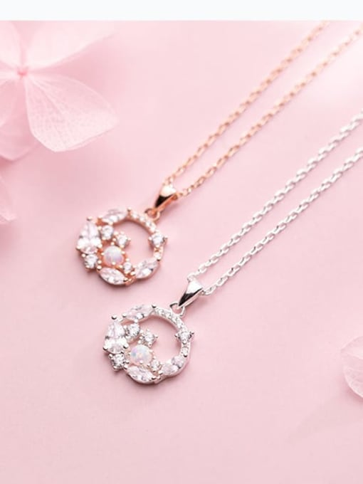 Rosh 925 Sterling Silver Cubic Zirconia  Round  Flowers Dainty Pendant  Necklace 1
