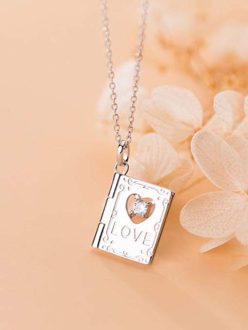 Rosh 925 Sterling Silver  Minimalist Clover  Square pendant Necklace
