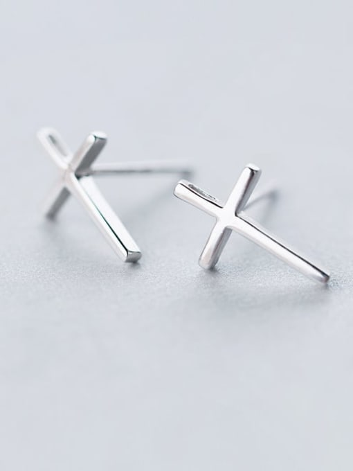 Rosh 925 Sterling Silver Smooth Cross Minimalist Stud Earring