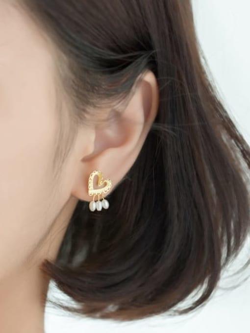 Rosh 925 Sterling Silver Imitation Pearl  Heart Minimalist Stud Earring 1
