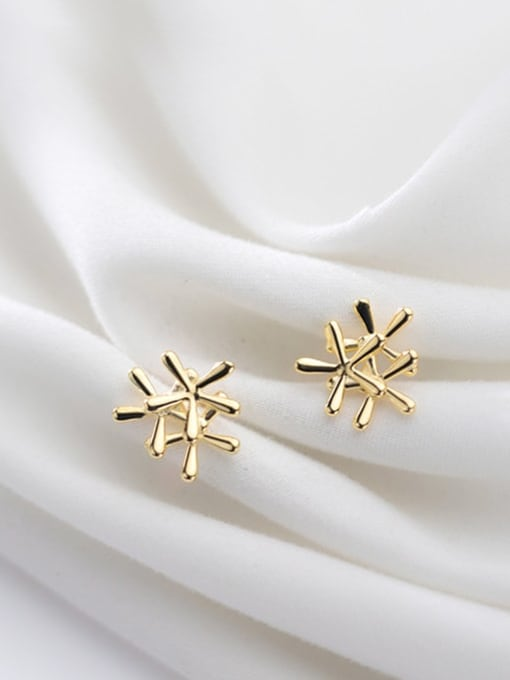 Rosh 925 Sterling Silver Smooth Flower Minimalist Stud Earring