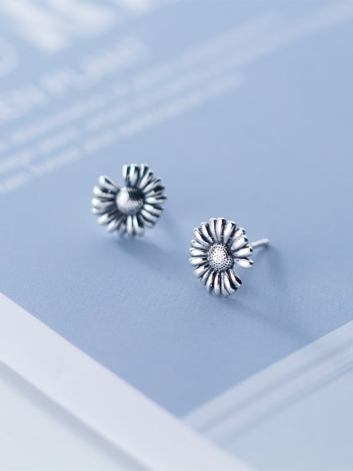 Rosh 925 Sterling Silver  Vintage Retro Simple Little Daisy Stud Earring 0