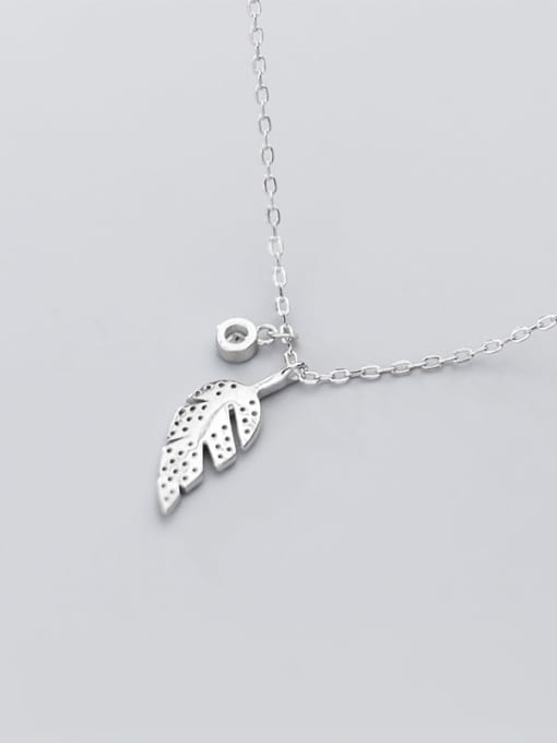 Rosh 925 sterling silver simple fashion Diamond Leaf  Pendant necklace 2