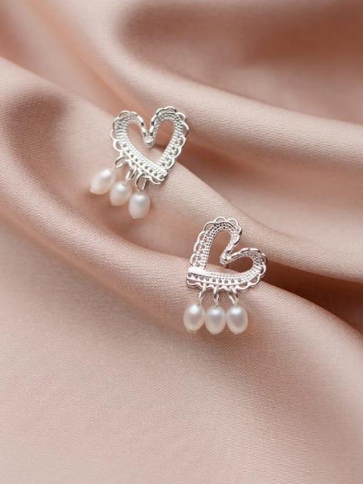 Rosh 925 Sterling Silver Imitation Pearl  Heart Minimalist Stud Earring 2