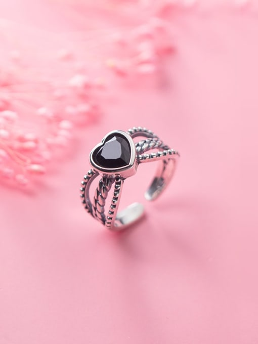 Rosh 925 Sterling Silver Acrylic Black Heart Vintage Free Size Ring 2