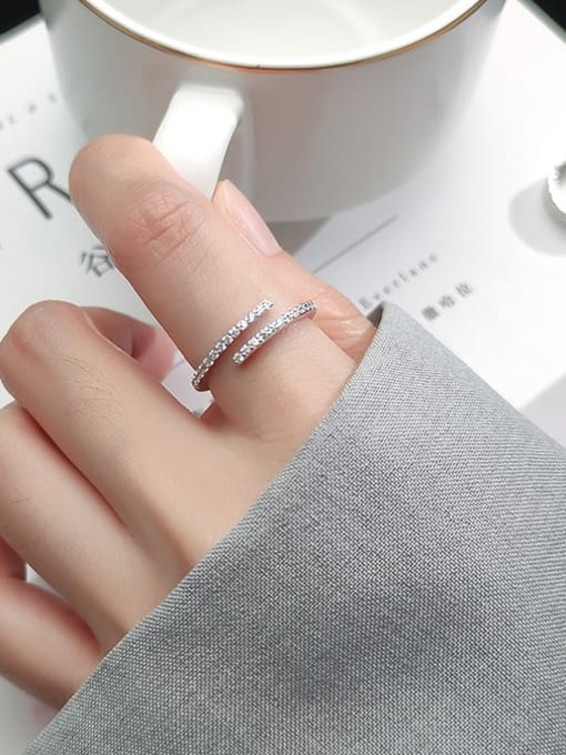 Rosh 925 Sterling Silver Rhinestone White Round Minimalist Band Ring 1
