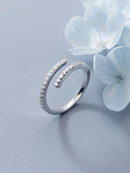 Rosh 925 Sterling Silver Rhinestone White Round Minimalist Band Ring 0