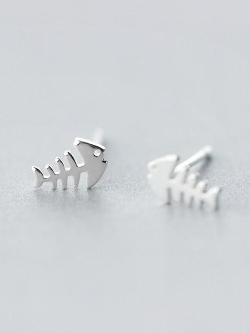 Rosh 925 Sterling Silver  Minimalist Fish Bone Stud Earring 1