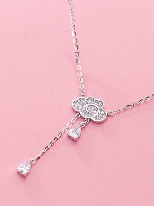 Rosh 925 sterling silver is full of clouds and small drops of water 1