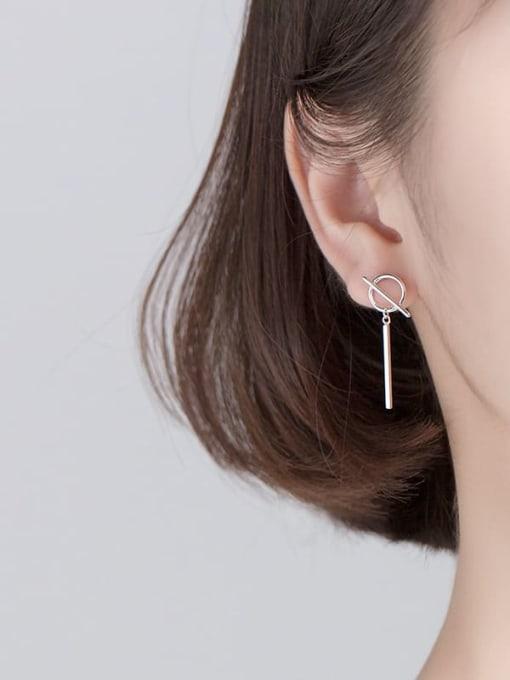 Rosh 925 Sterling Silver Asymmetrical feather staff Minimalist Huggie Earring 2