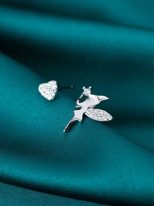 Rosh 925 Sterling Silver Cubic Zirconia Asymmetric Angel Heart Cute Stud Earring