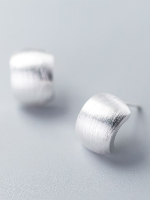 Rosh 925 Sterling Silver  Fashionable simple thumb shape earrings Stud Earring